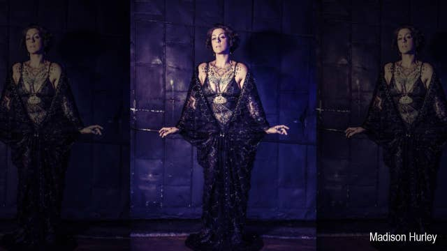 Danielle Colby Video photo 4