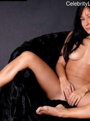 Shannen Doherty Nude Pic photo 22