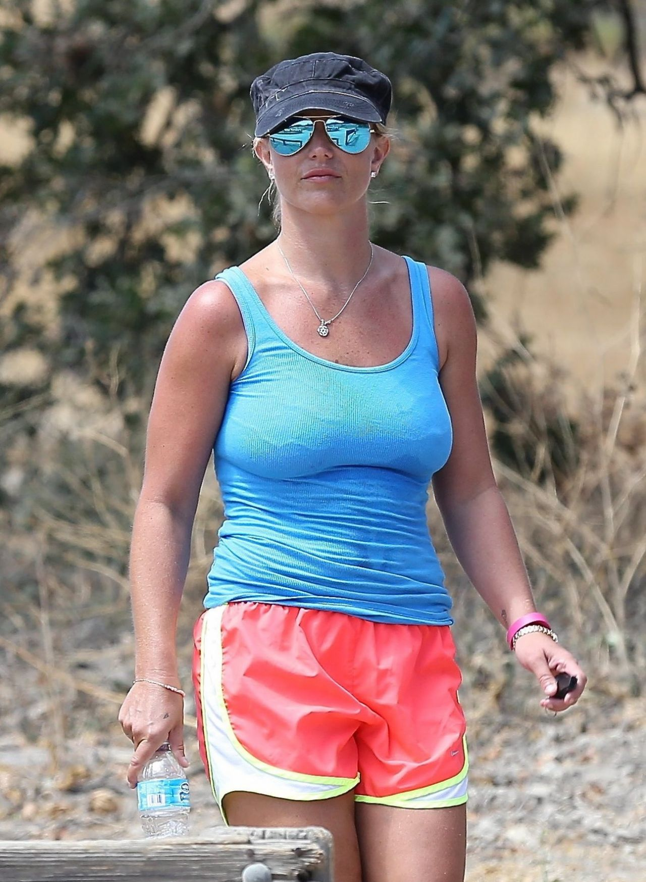 Brittany Spears Candid Photos photo 6