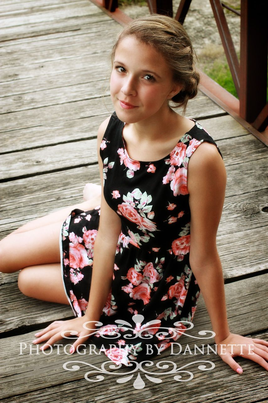 Young Teen Girls Pic photo 2