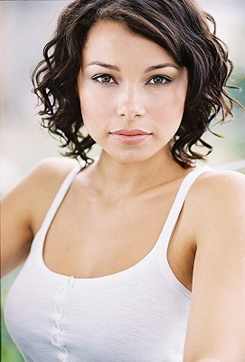 Jessica Parker Kennedy Pictures photo 12