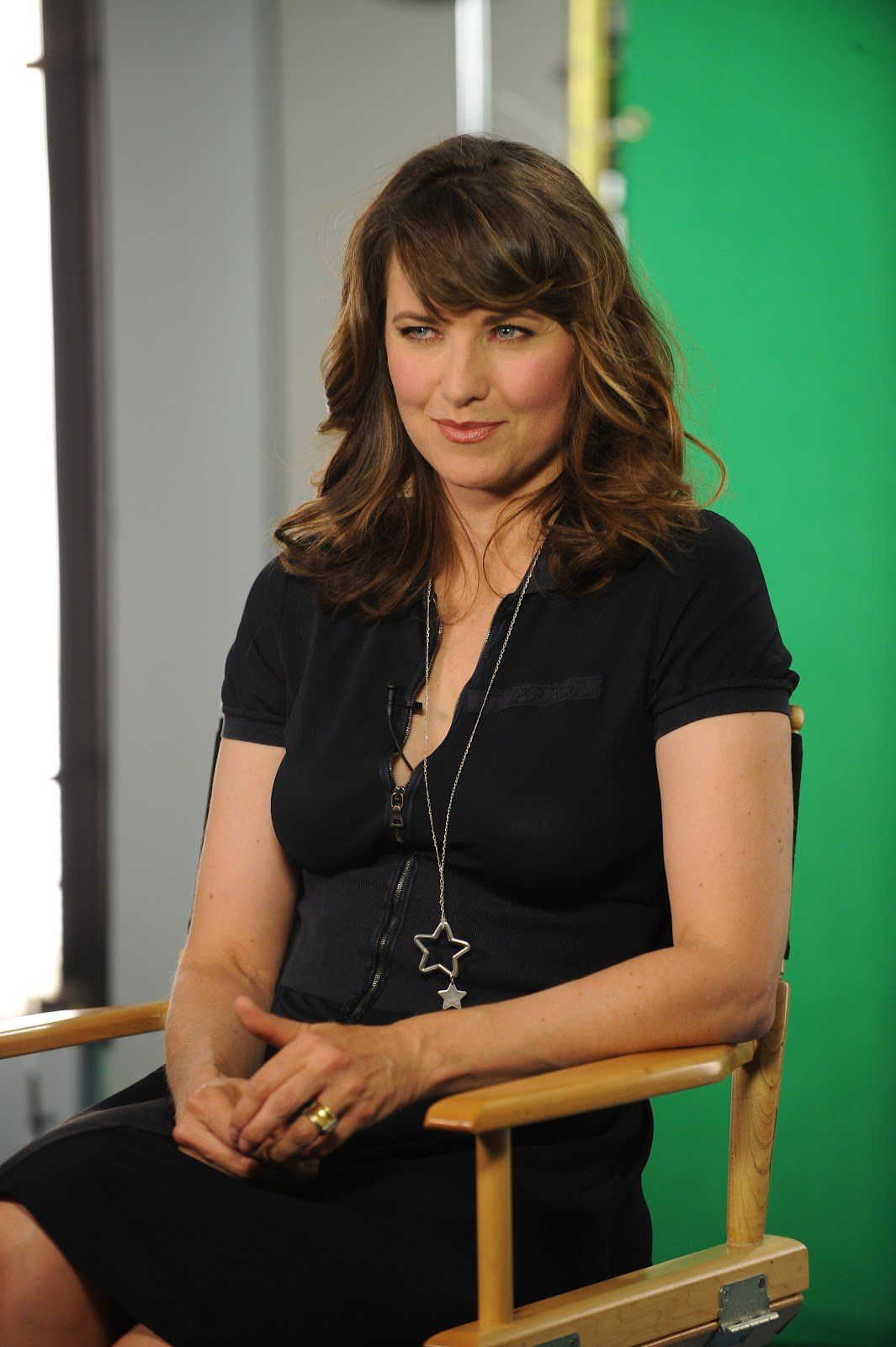 Lucy Lawless Hot Pics photo 13
