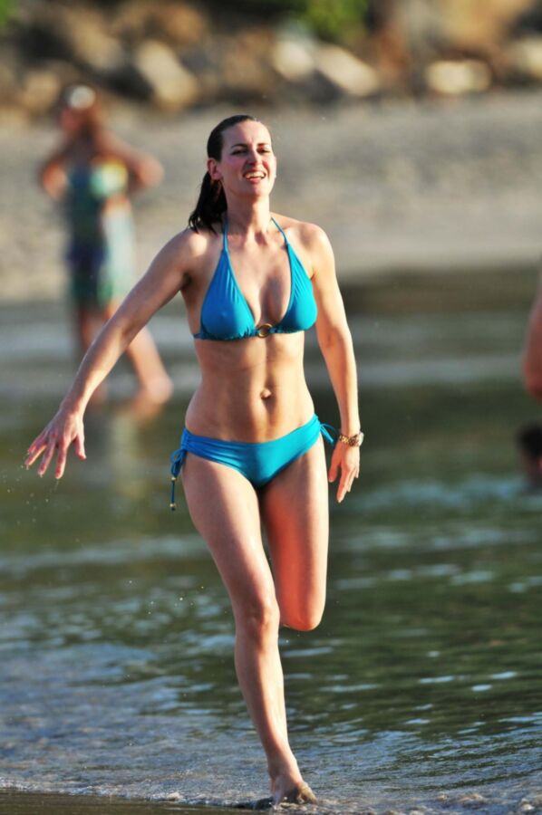 Kirsty Gallacher Tits photo 11