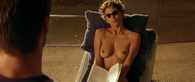 Halle Berry Naked Movies photo 16