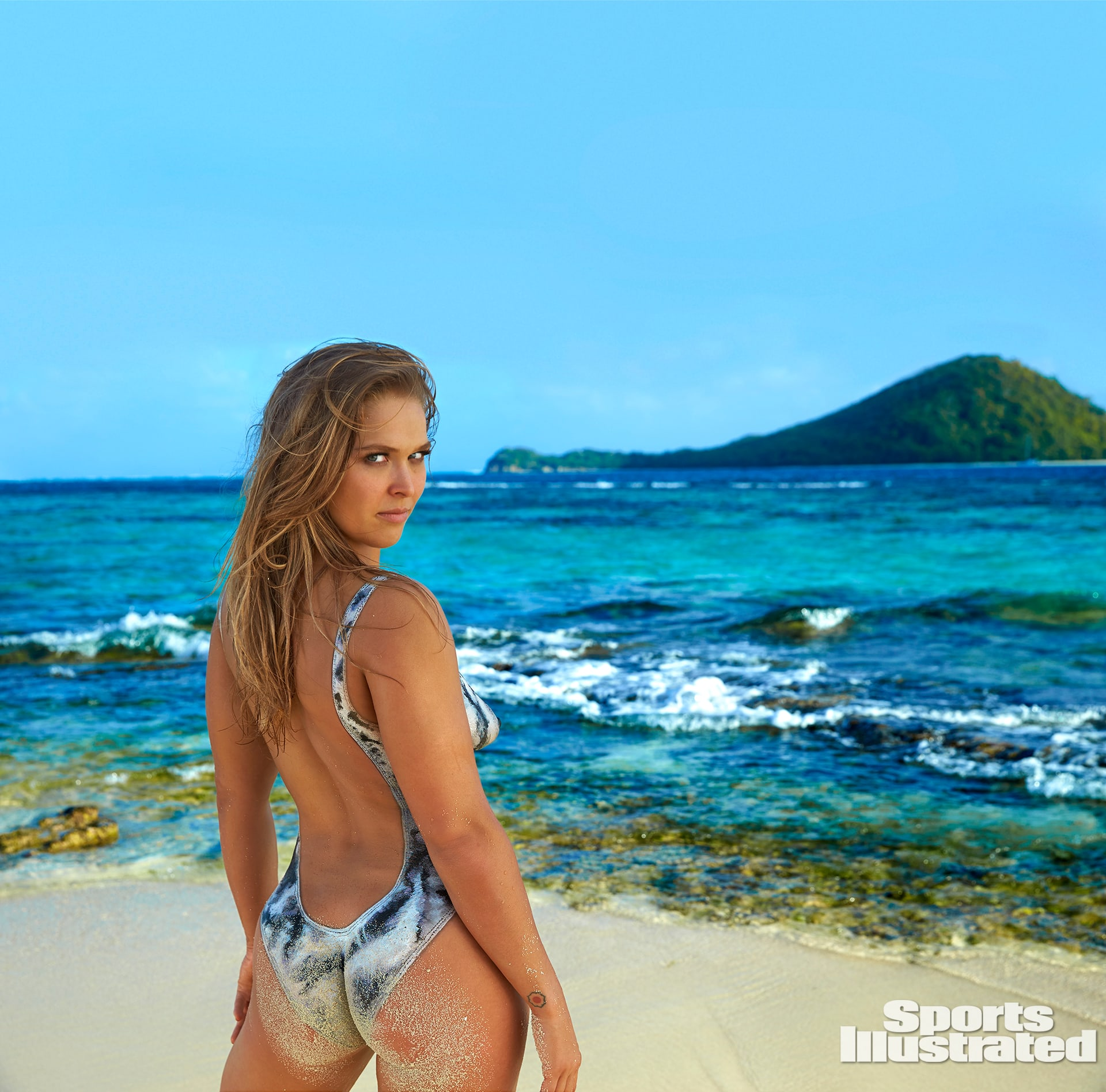 Sexy Ronda Rousey Pictures photo 19