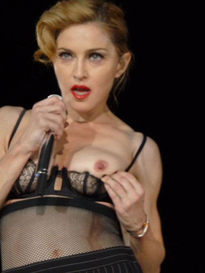 Kate Winslet Breasts Titanic photo 2