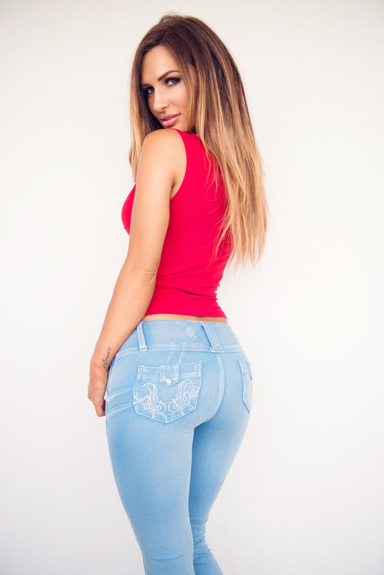 Hot Colombian Booty photo 17