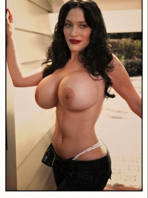 Naked Pictures Of Kat Dennings photo 5