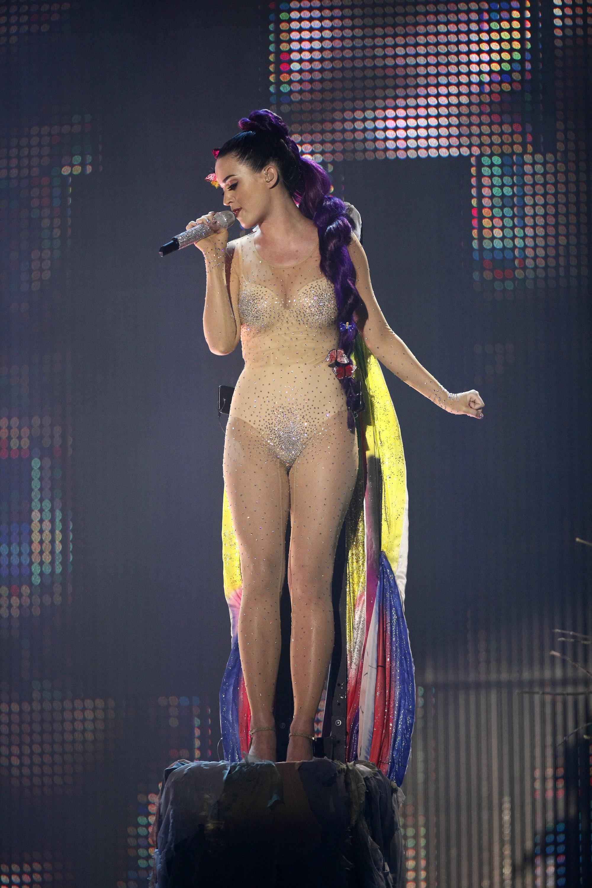 Katy Perry Hottest Video photo 24