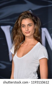 Taylor Hill Pictures photo 20