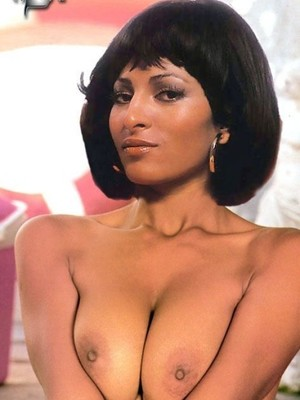 Pam Grier Naked Photos photo 9