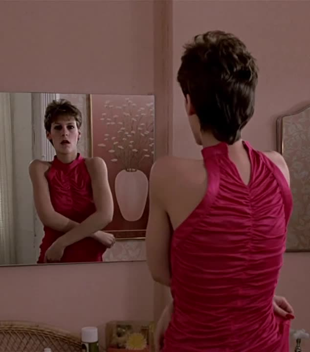Jamie Lee Curtis Naked Trading Places photo 3