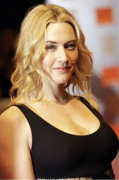 Kate Winslet Breasts Titanic photo 18
