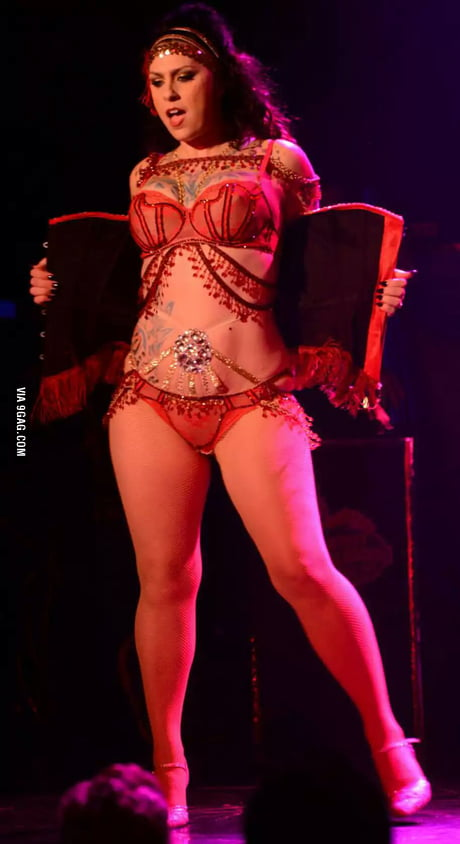Danielle Colby Burlesque Pickers photo 12