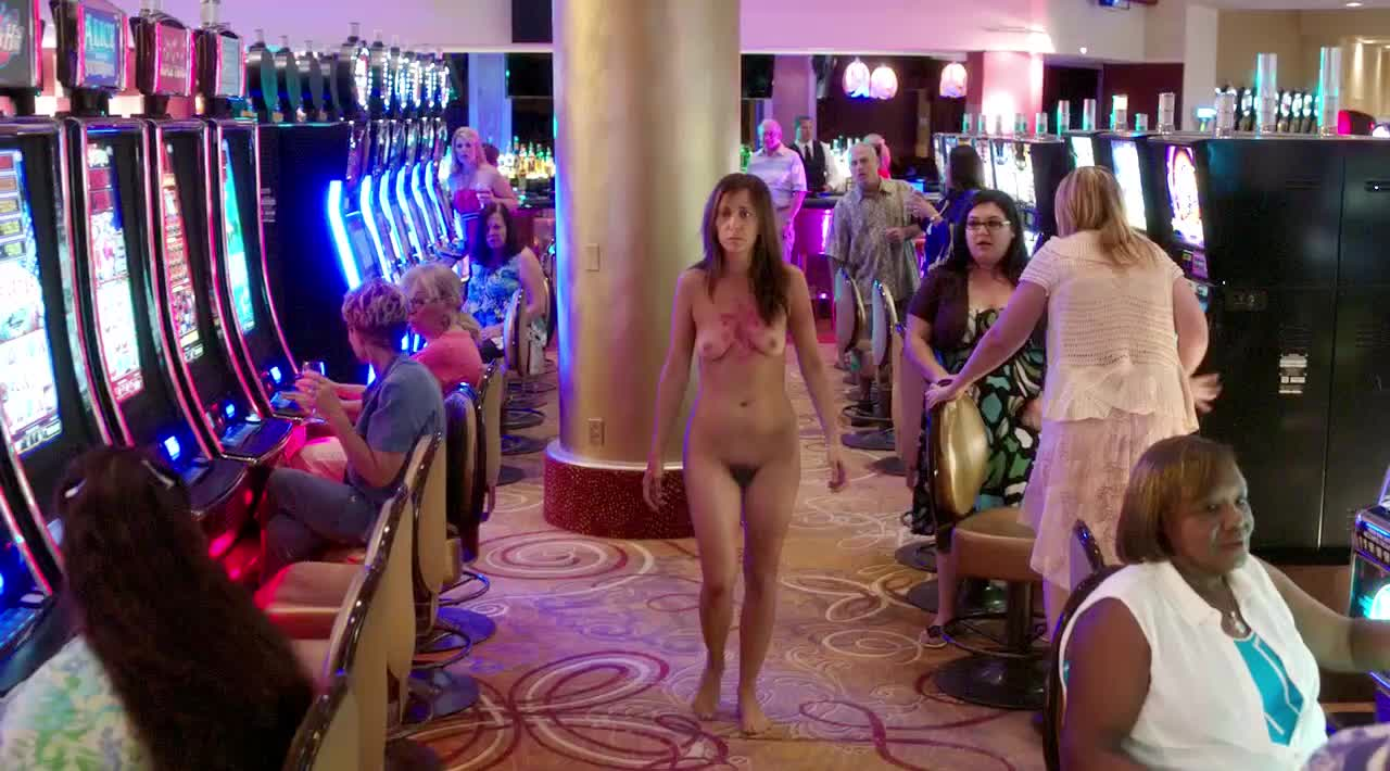 Kristen Wiig Naked In Welcome To Me photo 5