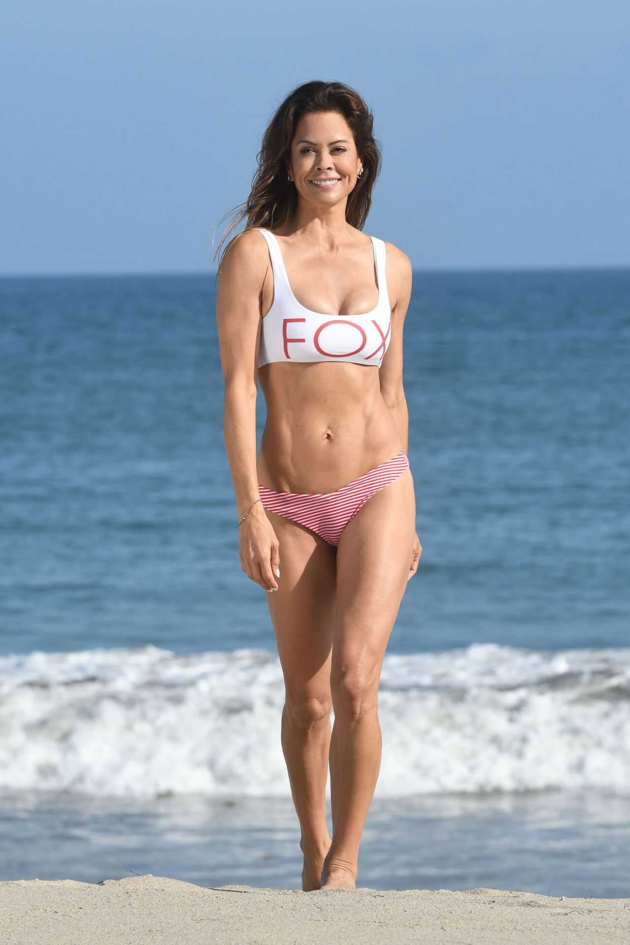 Brooke Burke Pictures photo 21