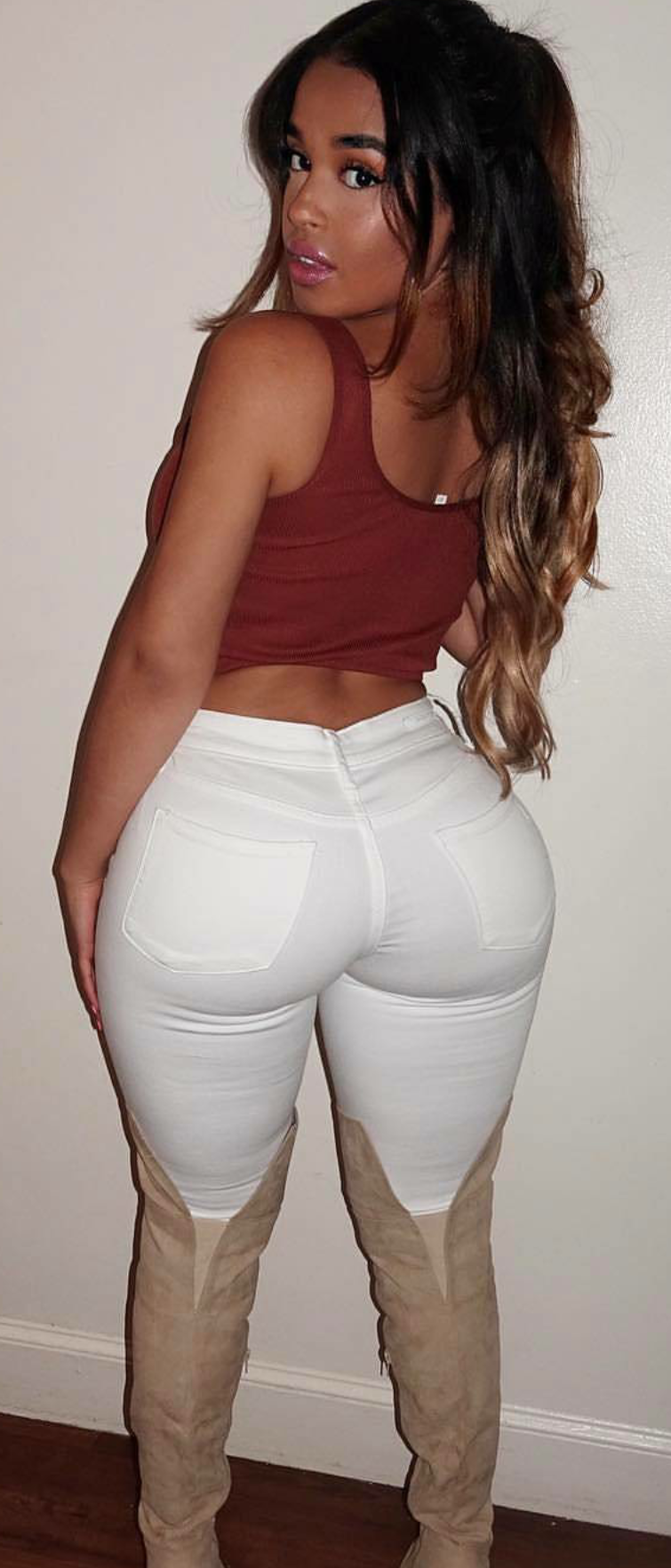 Giselle Big Ass photo 14