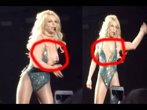 Britney Spears Wardrobe Malfunction Pictures photo 21
