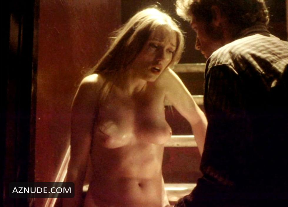 Clare Grant Naked photo 12