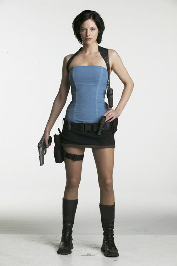 Sienna Guillory Sexy photo 24