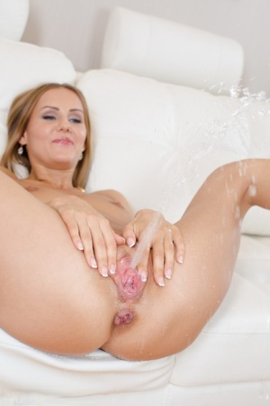 Naked Pussy Squirting photo 29