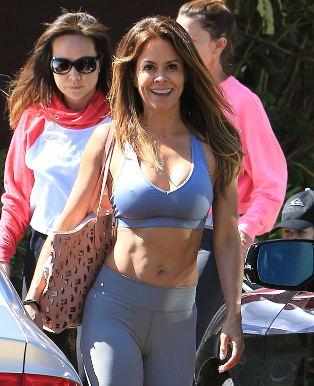 Brooke Burke Pictures photo 23