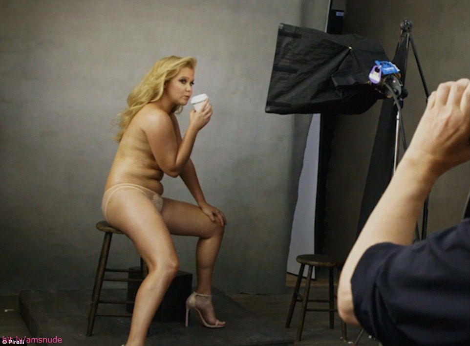 Amy Schumer Naked Pic photo 5