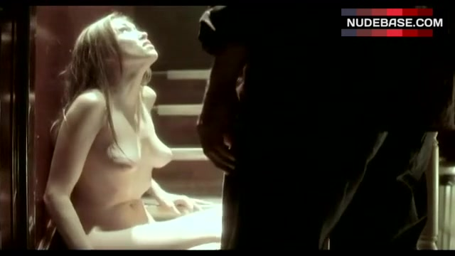 Clare Grant Naked photo 26