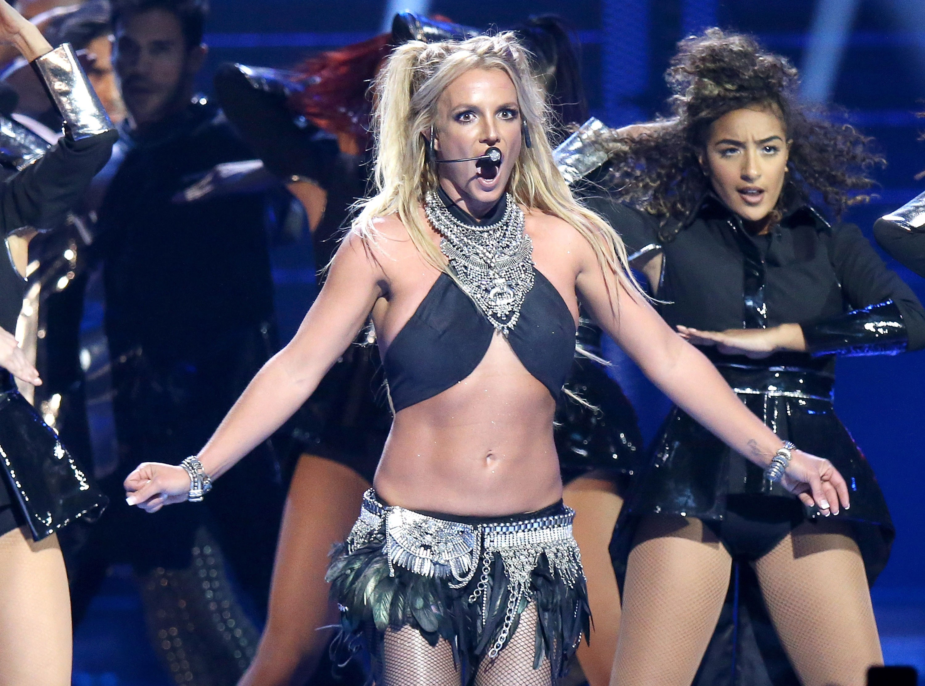 Britney Spears Wardrobe Malfunction Pictures photo 11