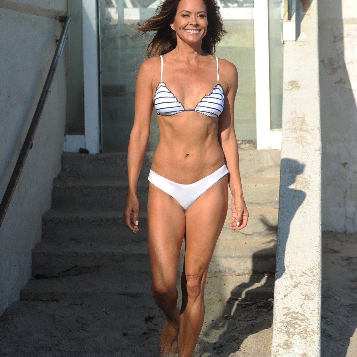 Brooke Burke Sexy Pictures photo 12