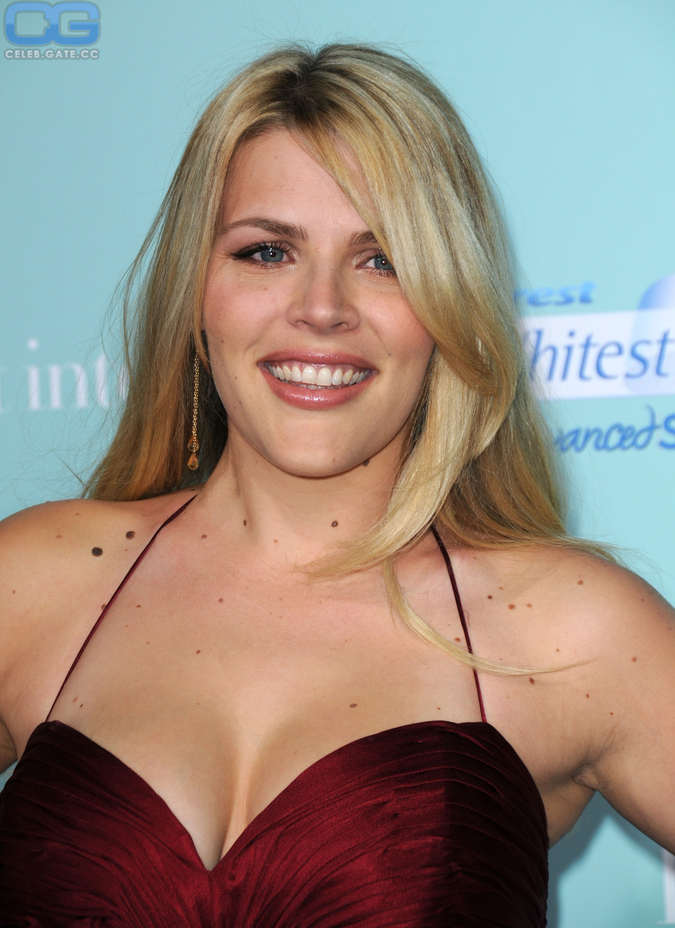 Busy Philipps Nudes photo 12