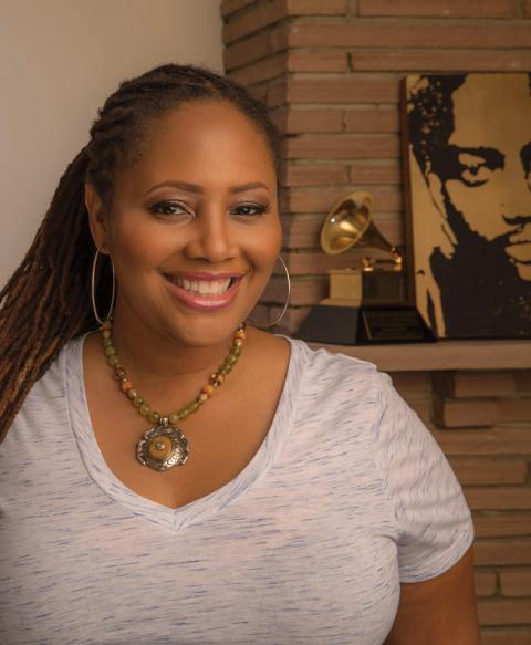 Pictures Of Lalah Hathaway photo 17