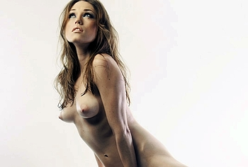 Clare Grant Naked photo 9