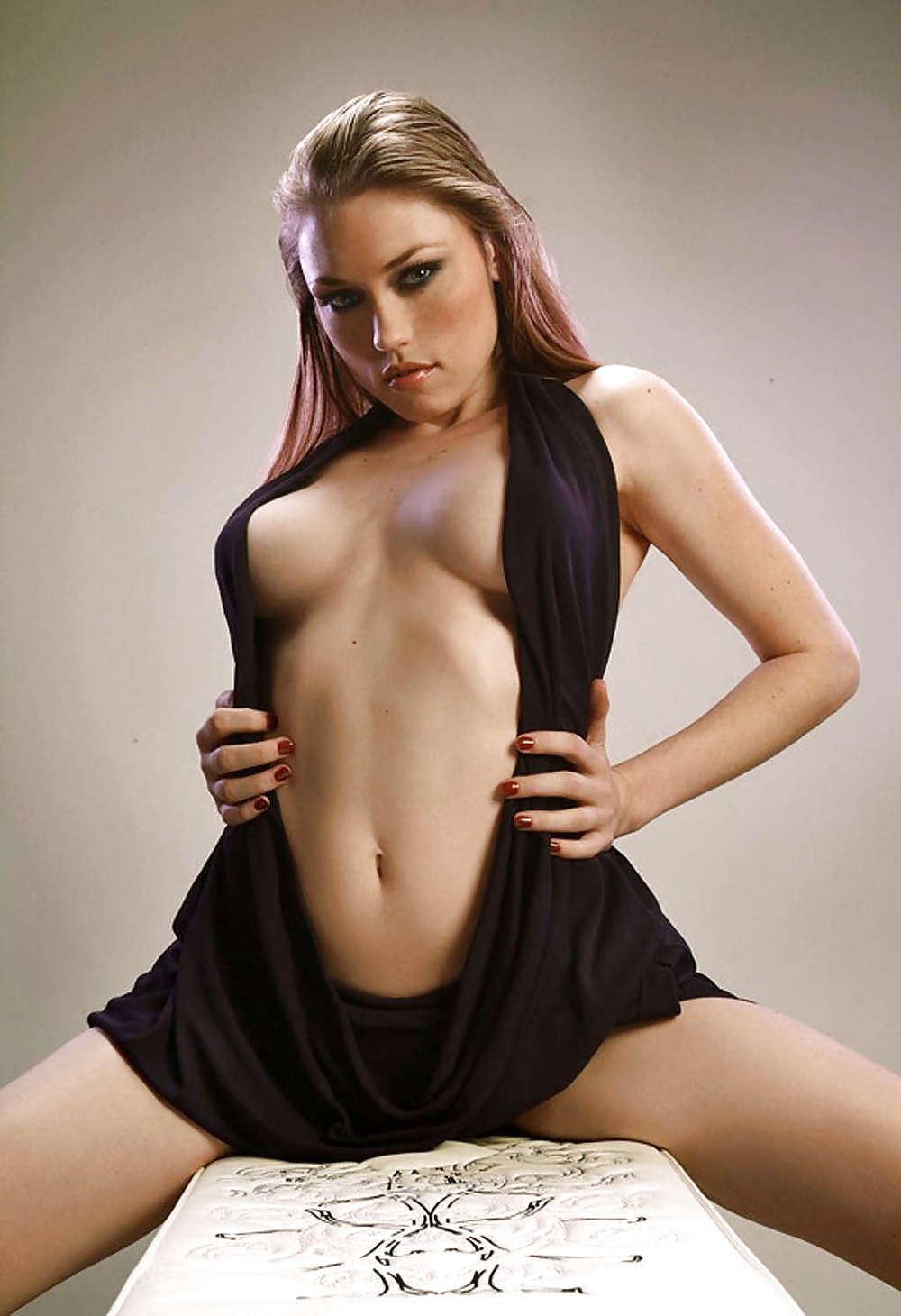 Clare Grant Naked photo 10