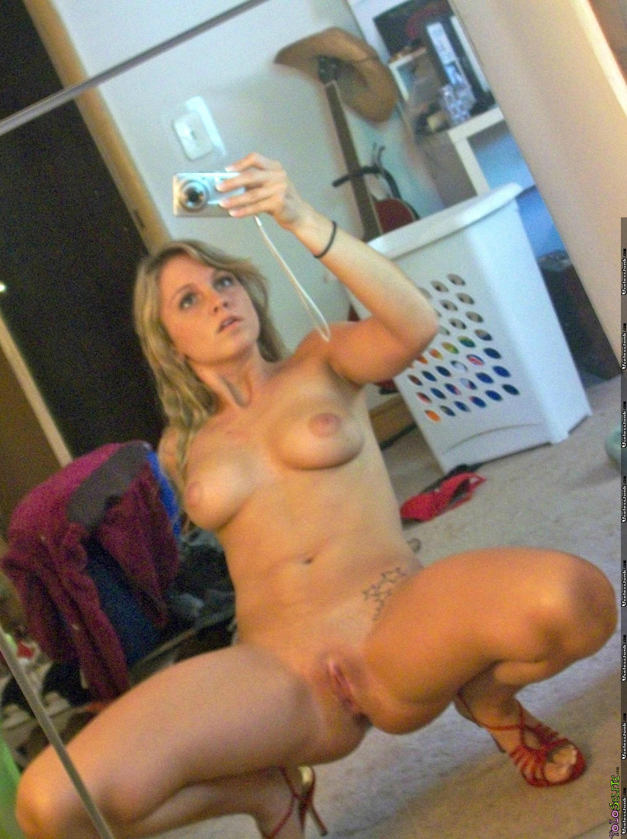 Country Star Nude photo 3