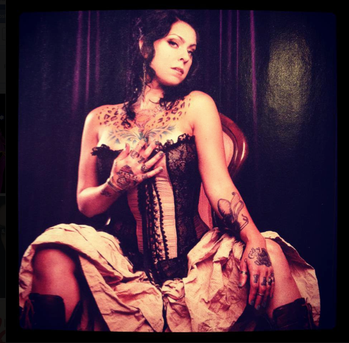Danielle Colby Burlesque Pickers photo 23