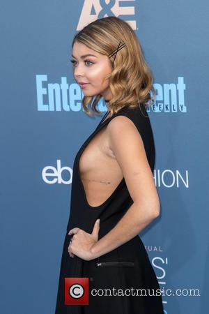 Sarah Hyland Sexy Pictures photo 21