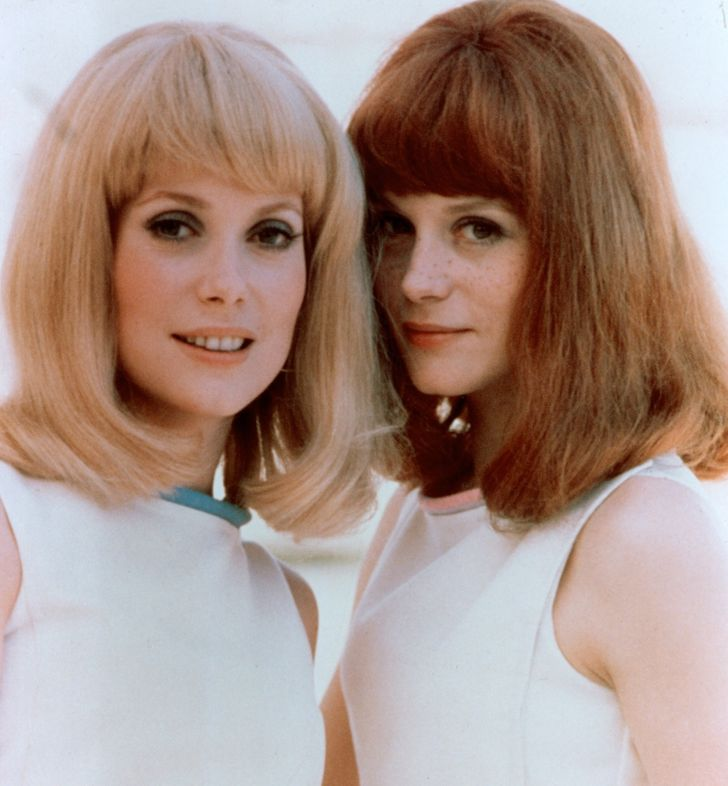 Sister Actresses Catherine And Elizabeth photo 3