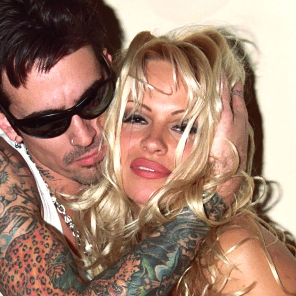 Pam Anderson Tommy photo 14