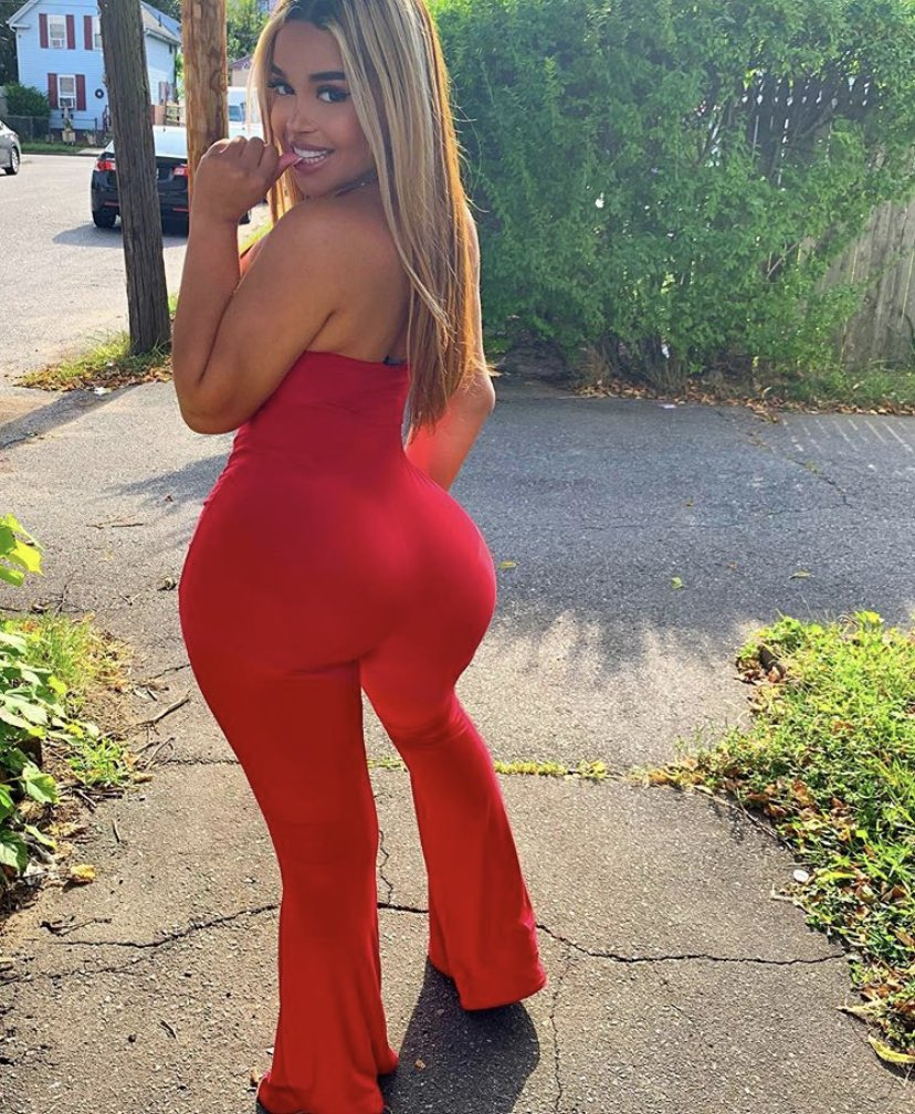 Giselle Big Ass photo 30