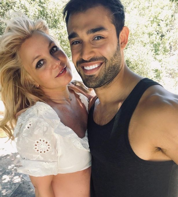Has Britney Spears Posed Nude photo 10
