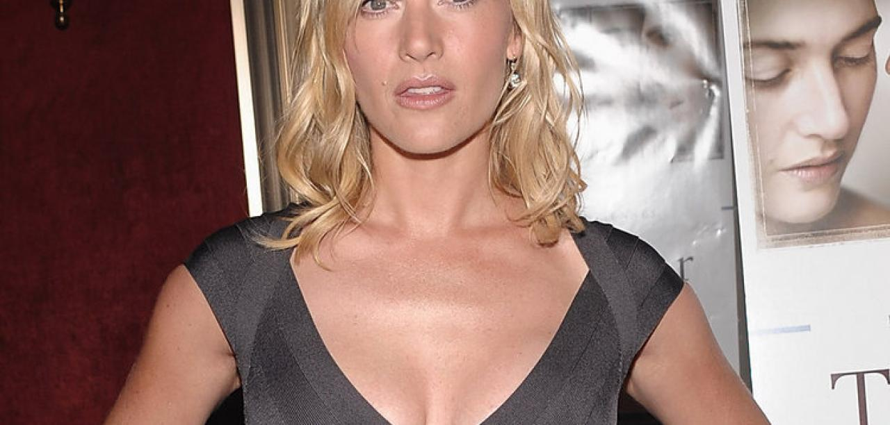 Kate Winslet Breasts Titanic photo 26