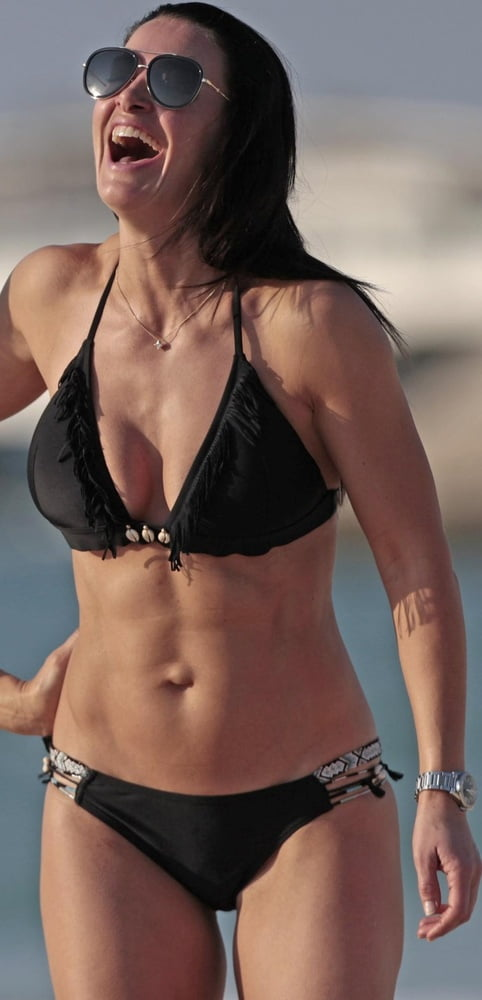 Kirsty Gallacher Tits photo 4