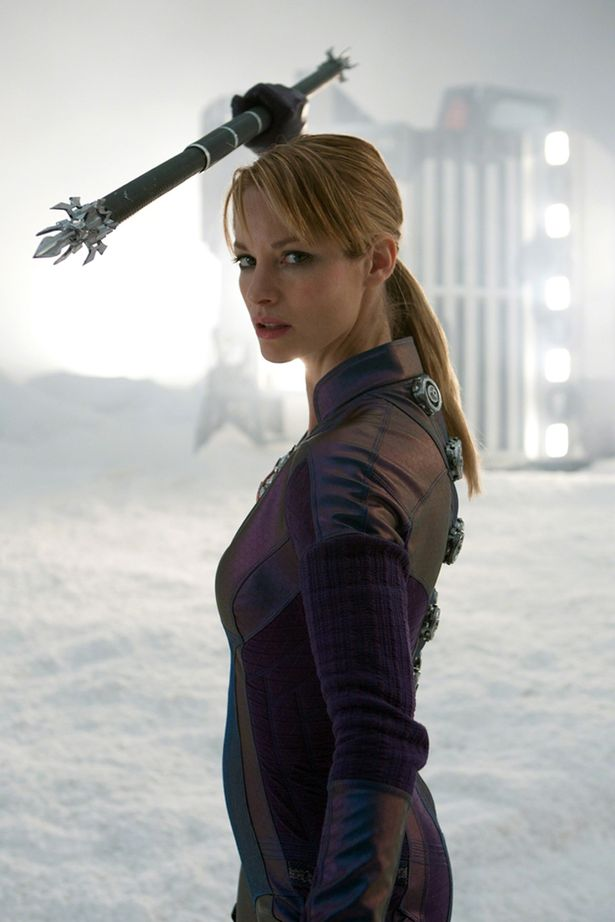 Sienna Guillory Sexy photo 12