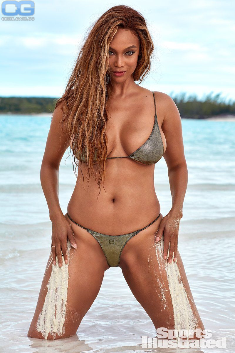 Tyra Banks Naked Pictures photo 29